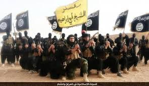 Combatientes del Estado Islámico en un video de propaganda realizado en 2014 en la provincia iraquí de Anbar