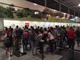 Parte de los 180 migrantes cubanos que la noche del martes 12