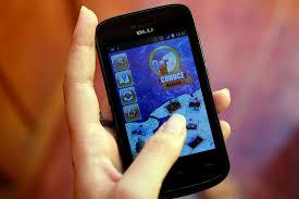 Captura en la pantalla de un teléfono móvil de la aplicación Conoce Habana, durante el seminario internacional
